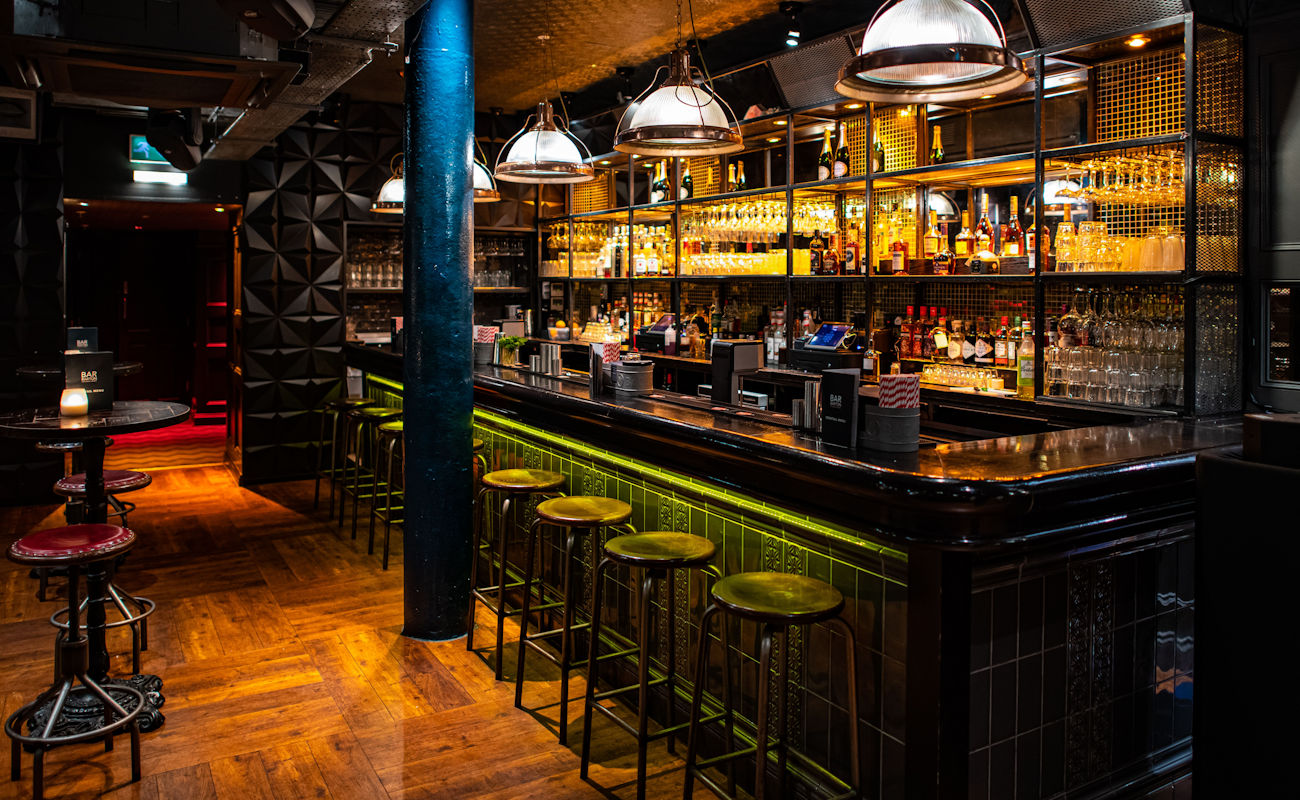 Manchester Bars - Bar Barton Manchester